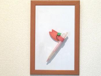 BL_ぺんつく_桜の花びらと緑の小鳥例.jpg